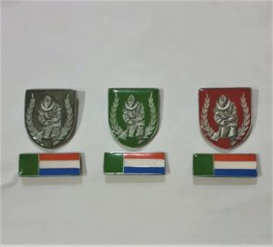 BL Metal Beret badges